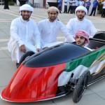 الطلاب يعتزمون تحويل سيارتهم إلى سيارة تجارية