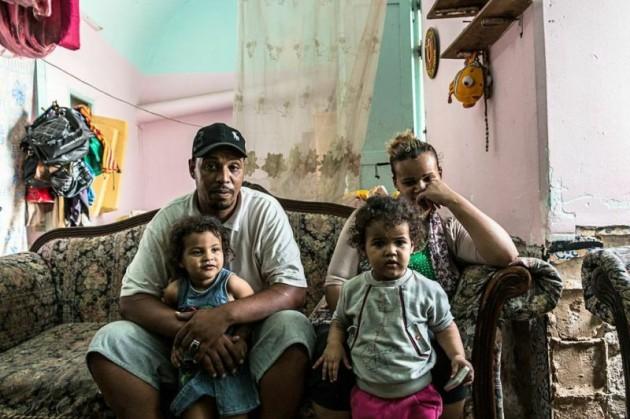 عائلة منصور – السبب في استمراره في كده اليومي